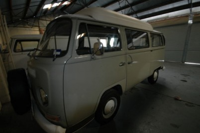 ** taken 26-7-10 by the Frise's of Bristol** 1969 RHD Dormobile that went to Oz in 1971. A1 inside and out 1 owner.