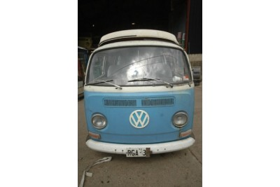 21-4-11 collected by Andy Kemp**1968 push button tin top. Just in from Australia very original bus very solid and early!