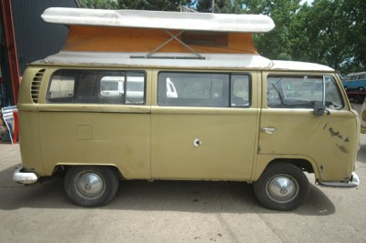 **January 2017 **  RHD vw camper van for sale 1969 Australian Army van that has had a pop top installed later in life.