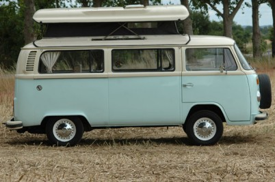** sold to the Paradise camper hire of County Durham**1974 Oz import RHD vw campervan.