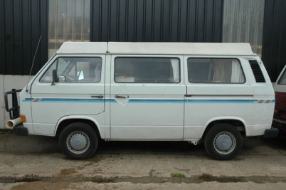 Collected 28/6/11 by the Perrys of Bucks  1981 T25 camper van. original paint, had  a spruce up!!