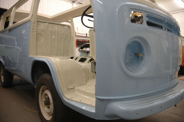 blue and whte rhd camper for sale