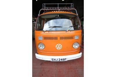 Collected by Gareth Jones 9-7-11 Oz import, new interior, smev appliances high spec