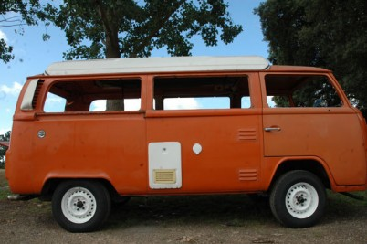 **January 2017 **1975 RHD vw camper van from Australia.
