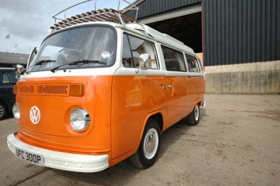 ** SOLD Round's of Oxford*** JUNE 2013 Orange and white Wanderer big spec with a big saving